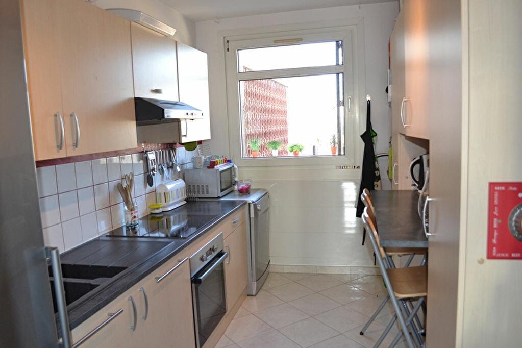 Achat Appartement 4 pièces à Saint-Quentin - vignette-2