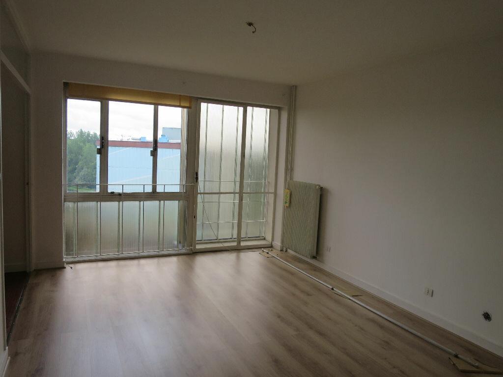 Achat Appartement 4 pièces à Amiens - vignette-3