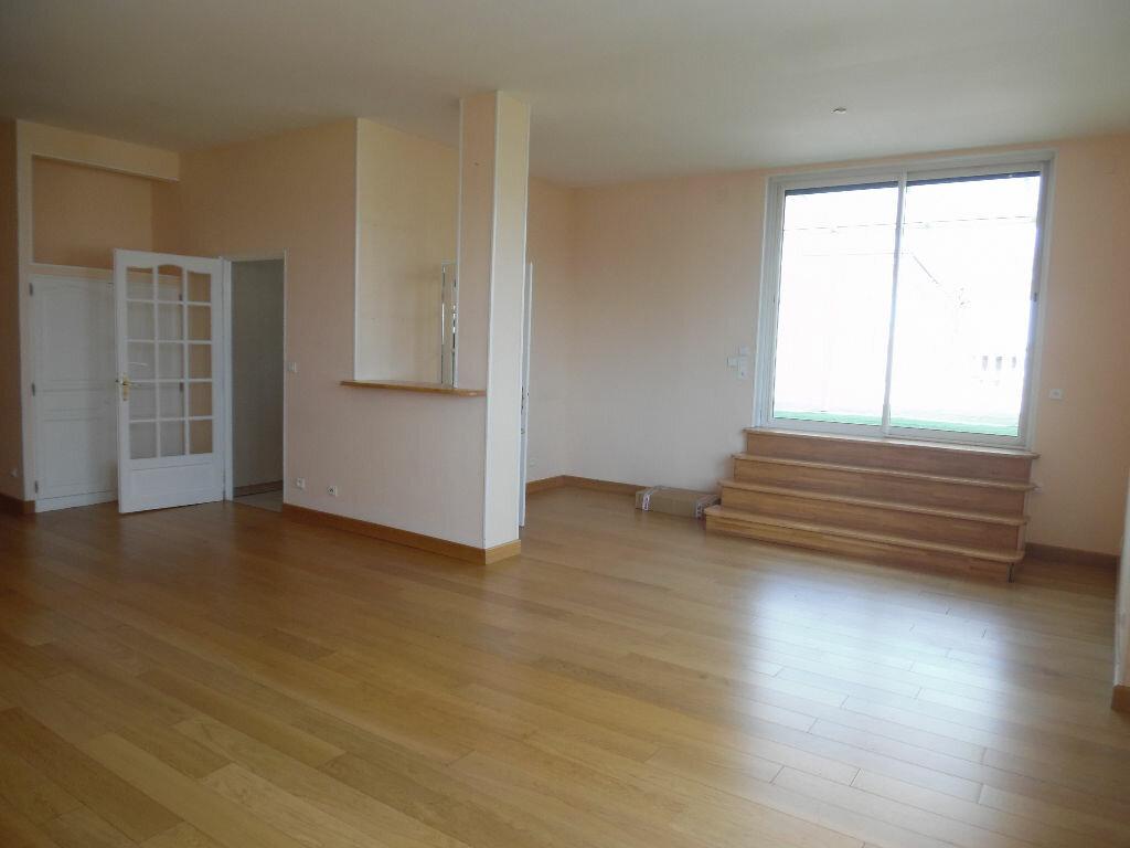 Achat Appartement 5 pièces à Saint-Quentin - vignette-1