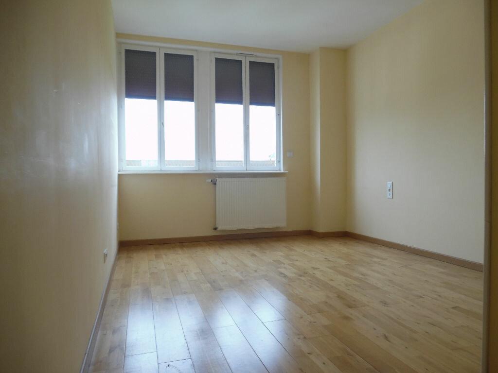 Achat Appartement 5 pièces à Saint-Quentin - vignette-4