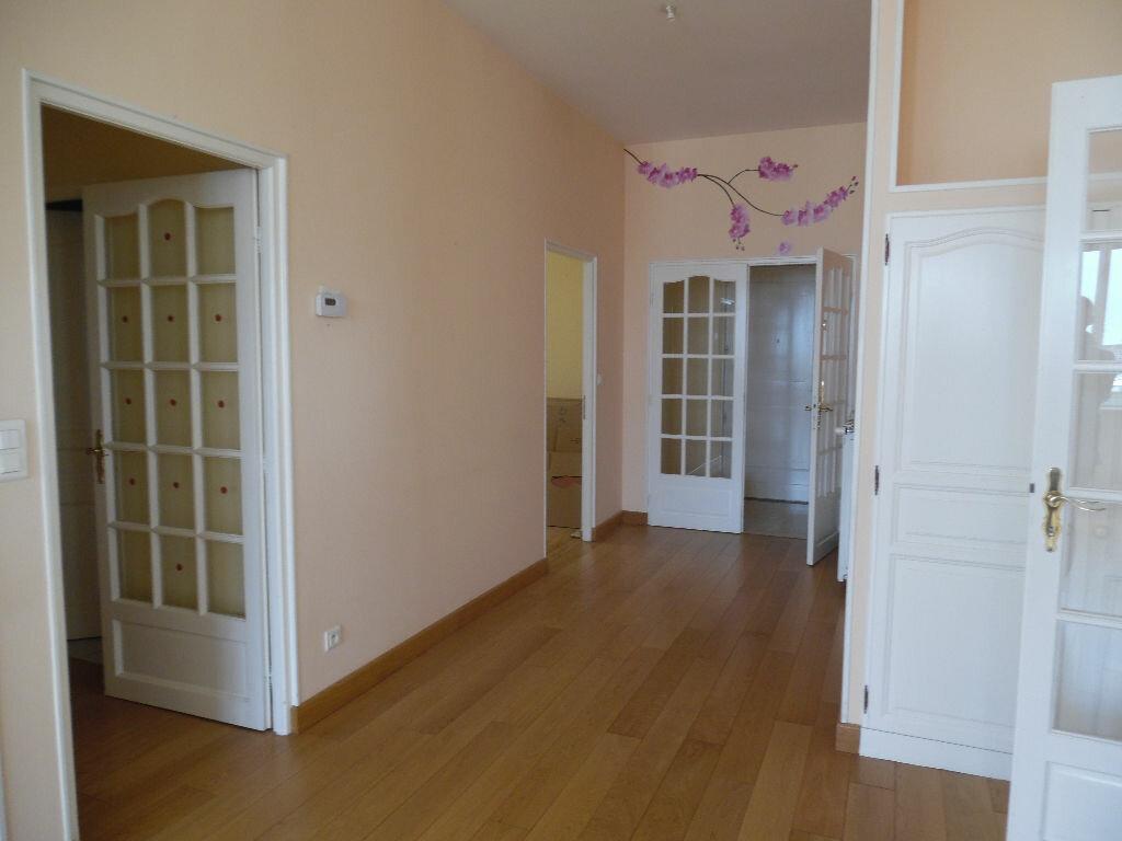 Achat Appartement 5 pièces à Saint-Quentin - vignette-8