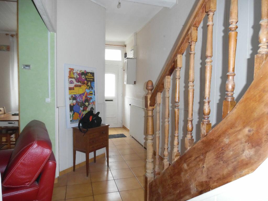 Achat Maison 4 pièces à Saint-Quentin - vignette-7