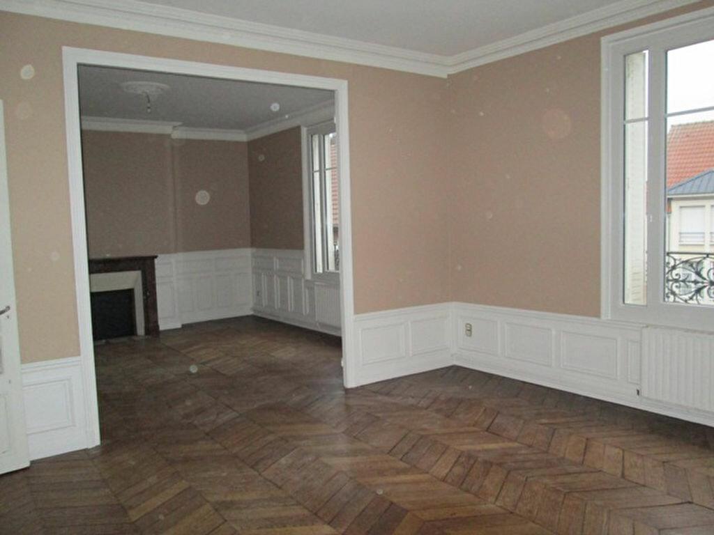 Location Appartement 4 pièces à Chauny - vignette-1