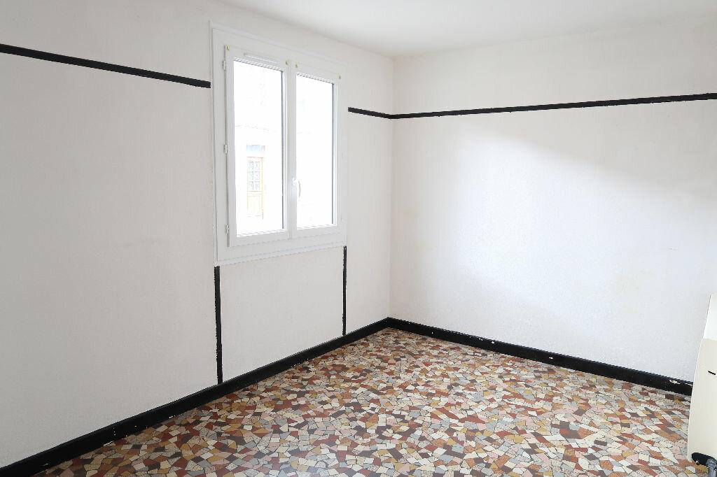 Location Maison 5 pièces à La Fère - vignette-1
