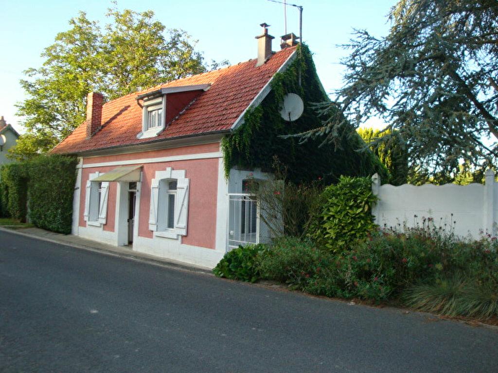 Achat Maison 4 pièces à Éclusier-Vaux - vignette-1
