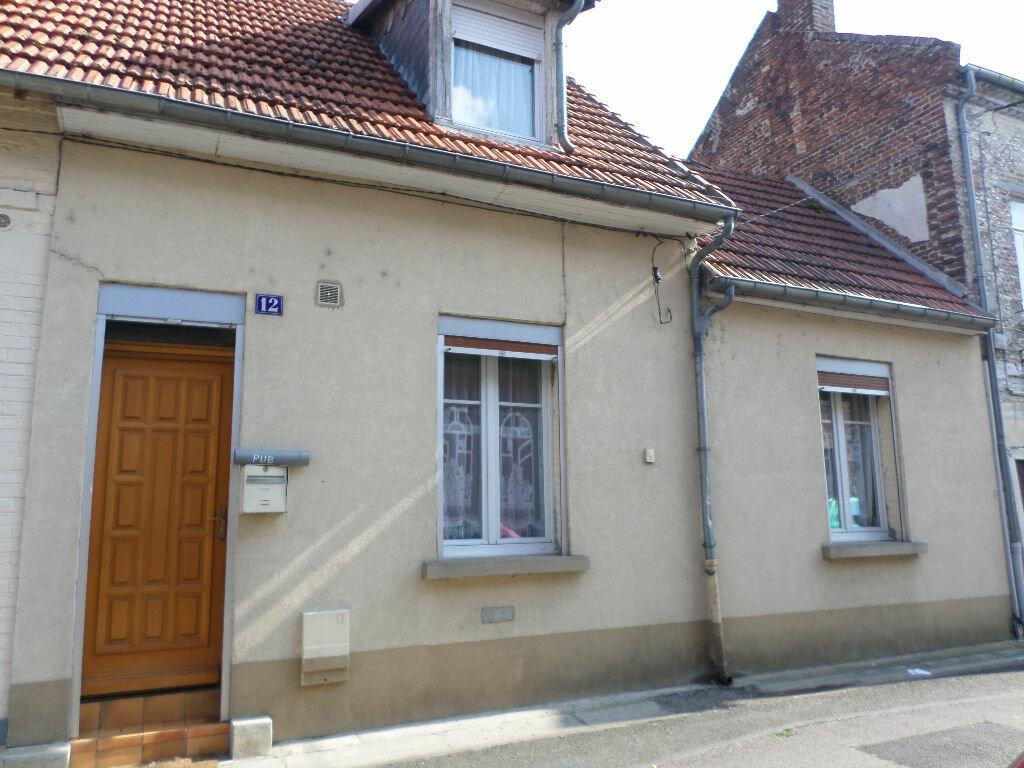 Location Maison 3 pièces à La Fère - vignette-1