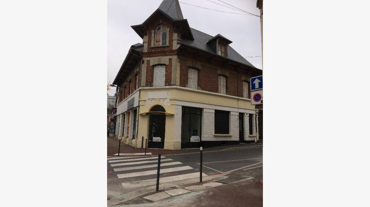 Achat Immeuble  à La Fère - vignette-1