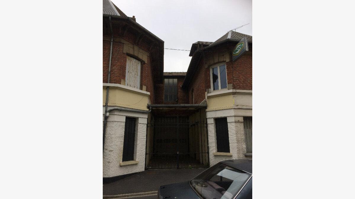 Achat Immeuble  à La Fère - vignette-4