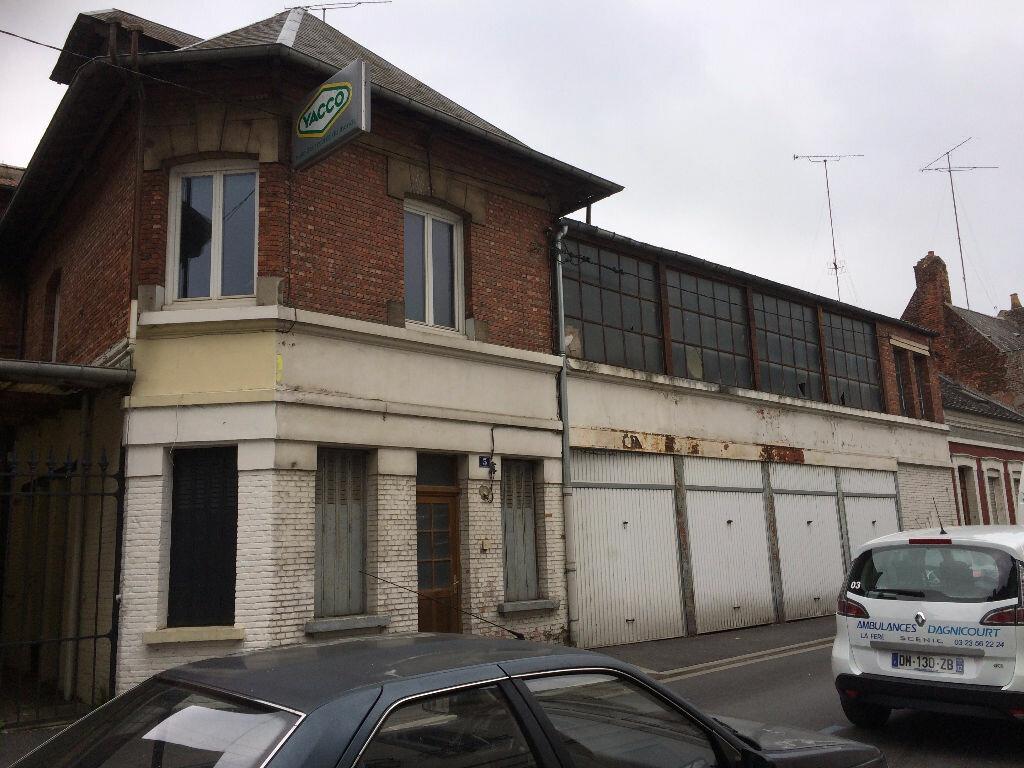 Achat Immeuble  à La Fère - vignette-5
