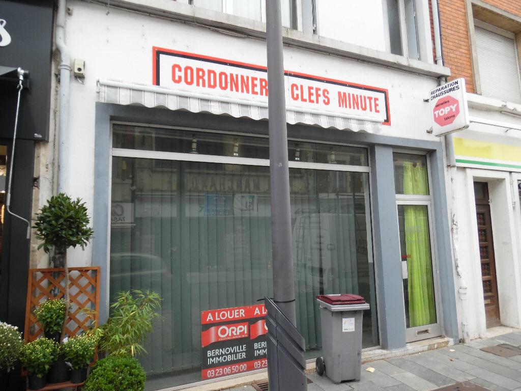 Achat Maison 5 pièces à Saint-Quentin - vignette-2