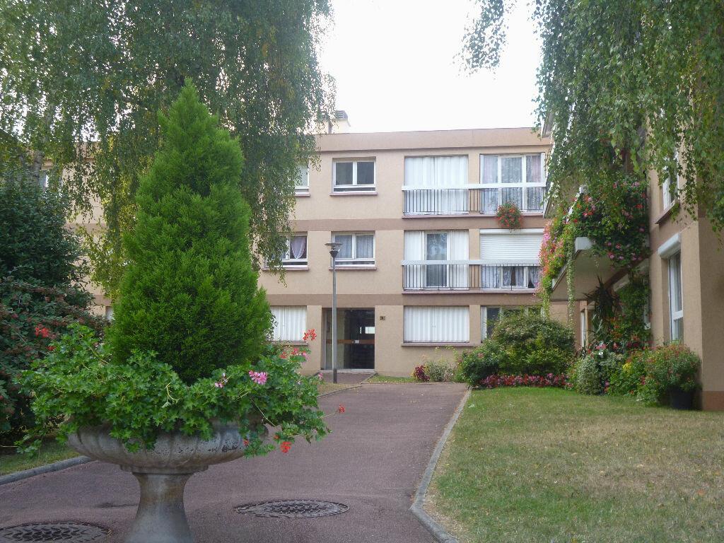 Achat Appartement 2 pièces à Soisy-sous-Montmorency - vignette-1