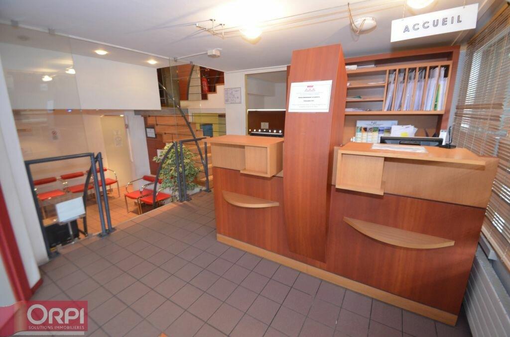 Achat Local commercial  à Saint-Égrève - vignette-1