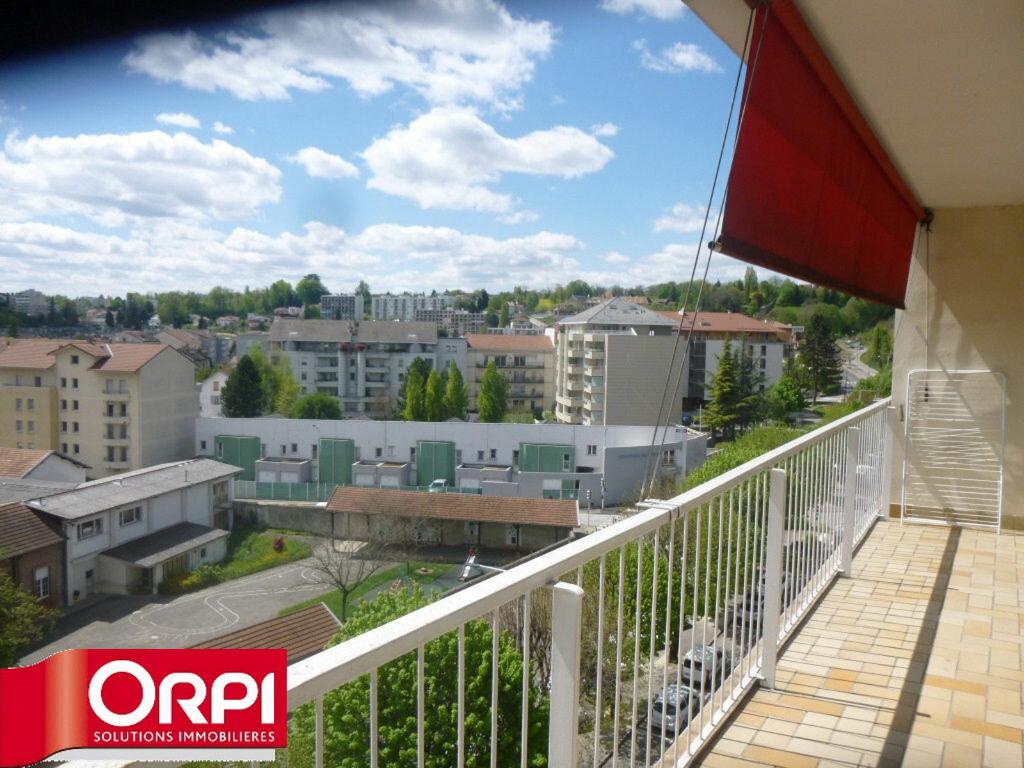 Achat Appartement 3 pièces à Voiron - vignette-1