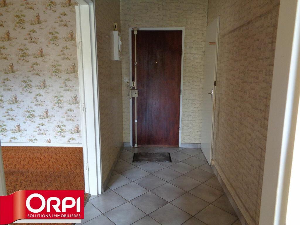 Achat Appartement 3 pièces à Voiron - vignette-2