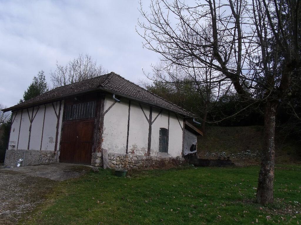Achat Maison 10 pièces à Saint-Geoire-en-Valdaine - vignette-6