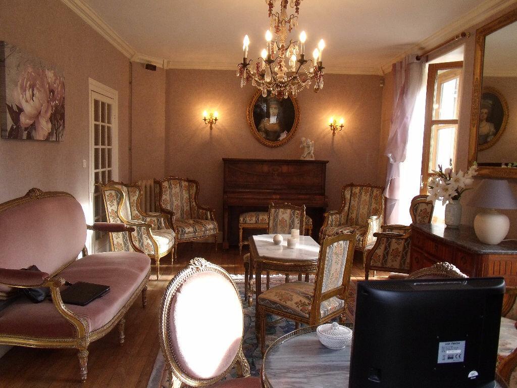 Achat Maison 10 pièces à Saint-Geoire-en-Valdaine - vignette-7