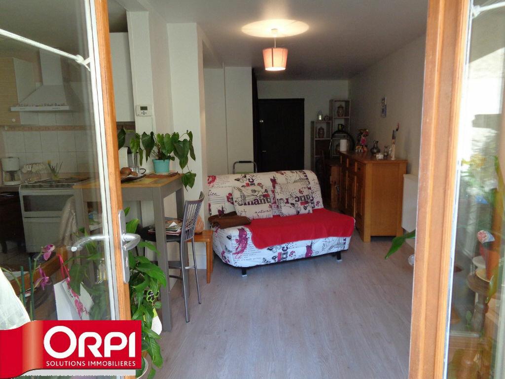 Achat Appartement 2 pièces à Voiron - vignette-2
