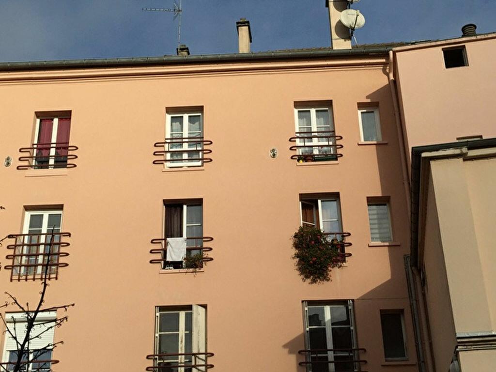 Achat Appartement 2 pièces à Épernon - vignette-1
