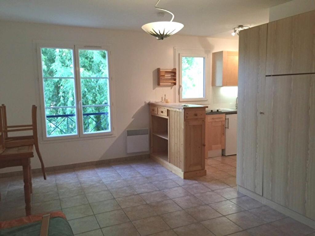 Location Appartement 1 pièce à Hanches - vignette-2