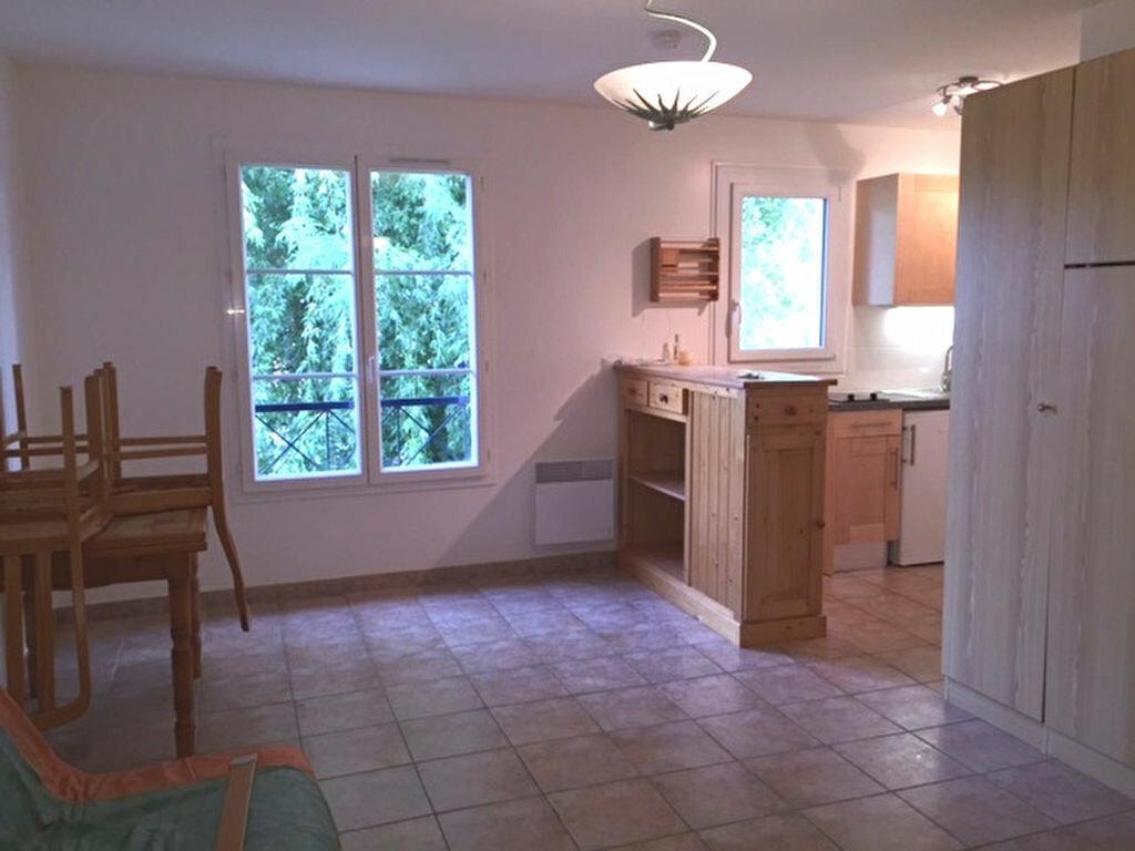 Location Appartement 1 pièce à Hanches - vignette-3