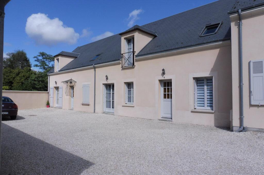 Location Maison 3 pièces à Fay-aux-Loges - vignette-1