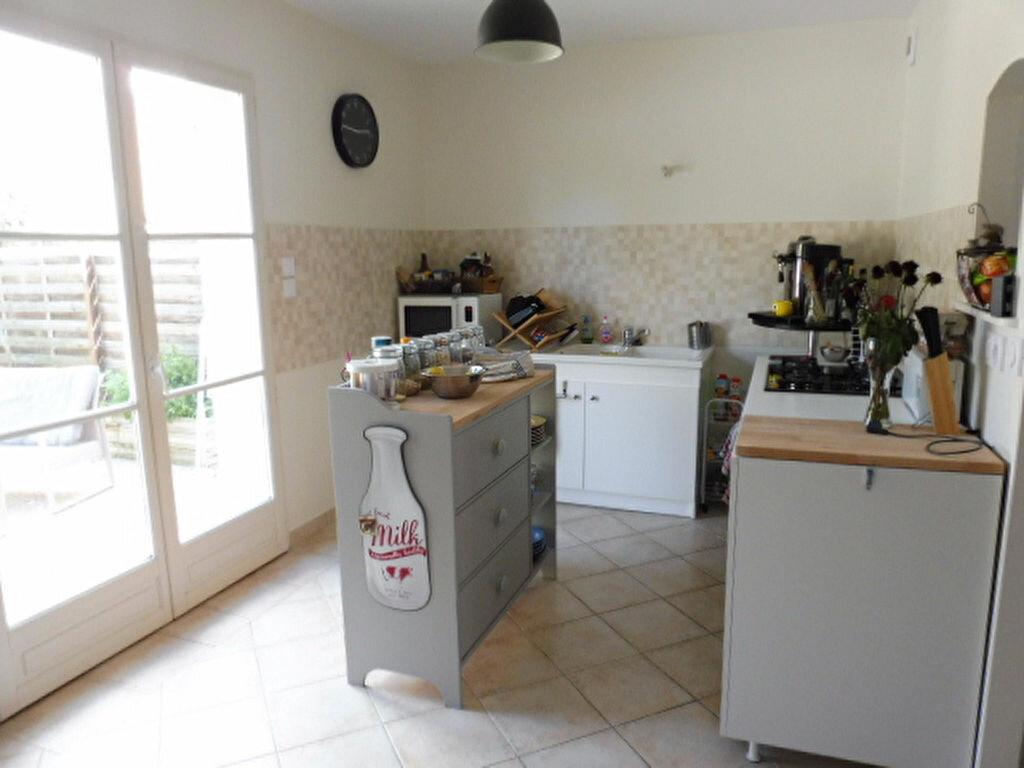 Location Maison 3 pièces à Fay-aux-Loges - vignette-3