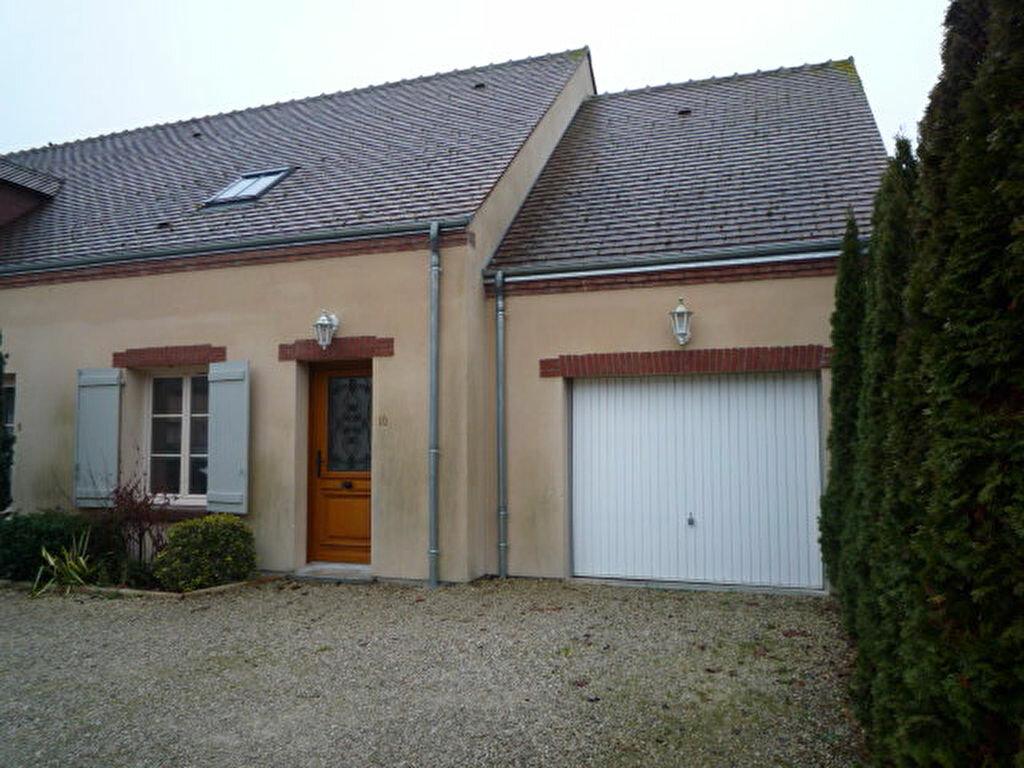 Achat Maison 4 pièces à La Ferté-Saint-Aubin - vignette-1