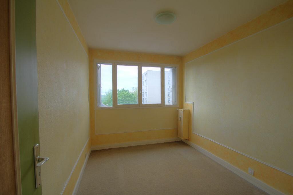 Achat Appartement 4 pièces à Orléans - vignette-6