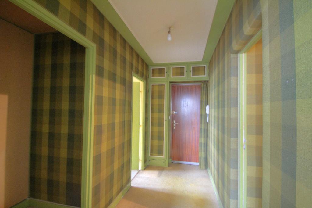 Achat Appartement 4 pièces à Orléans - vignette-14