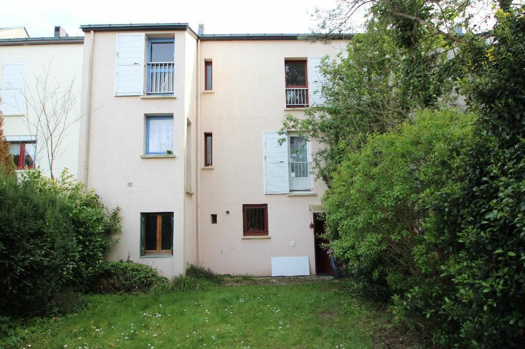 Achat Maison 6 pièces à Saint-Jean-de-Braye - vignette-1