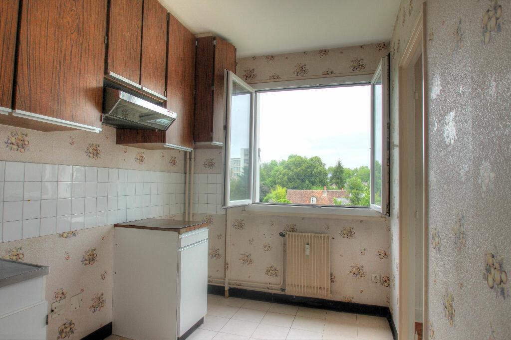 Achat Appartement 2 pièces à Orléans - vignette-4