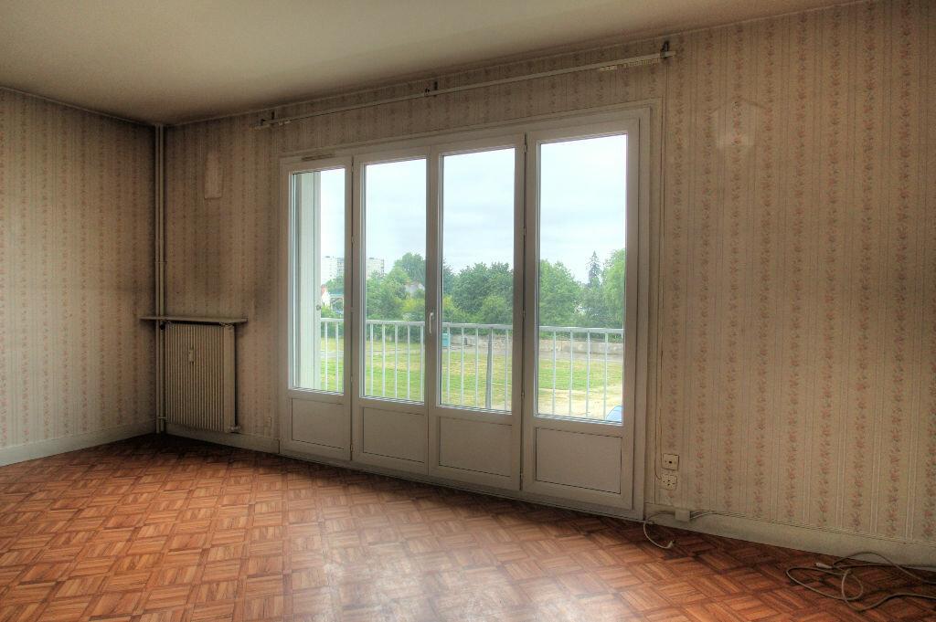 Achat Appartement 2 pièces à Orléans - vignette-11