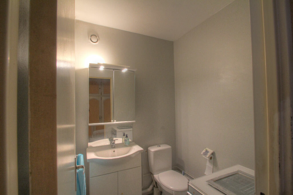 Achat Appartement 5 pièces à Fleury-les-Aubrais - vignette-13
