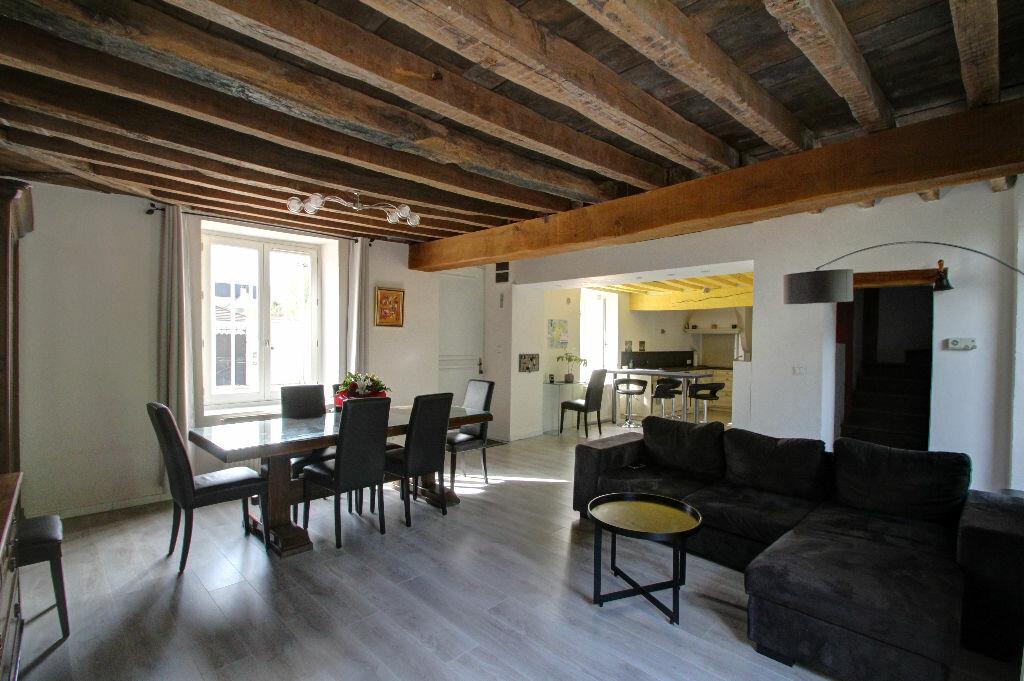 Achat Maison 6 pièces à Fleury-les-Aubrais - vignette-1