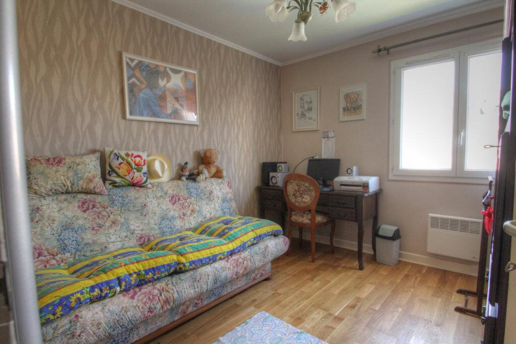 Achat Appartement 4 pièces à Orléans - vignette-3