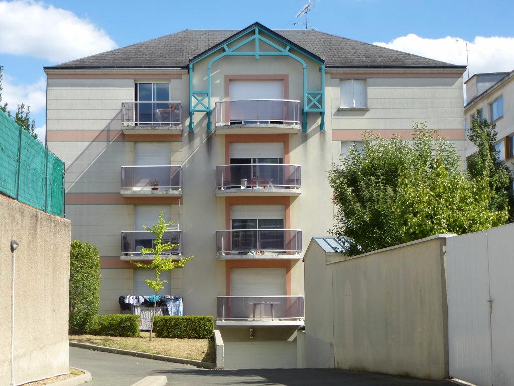 Achat Appartement 4 pièces à Orléans - vignette-4