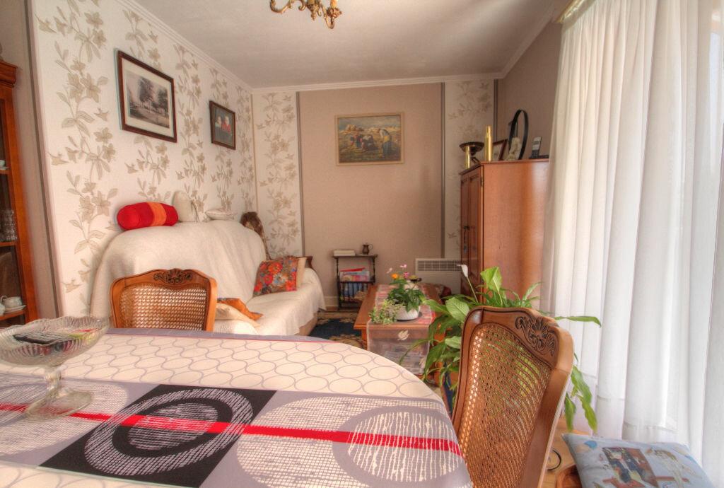 Achat Appartement 4 pièces à Orléans - vignette-5