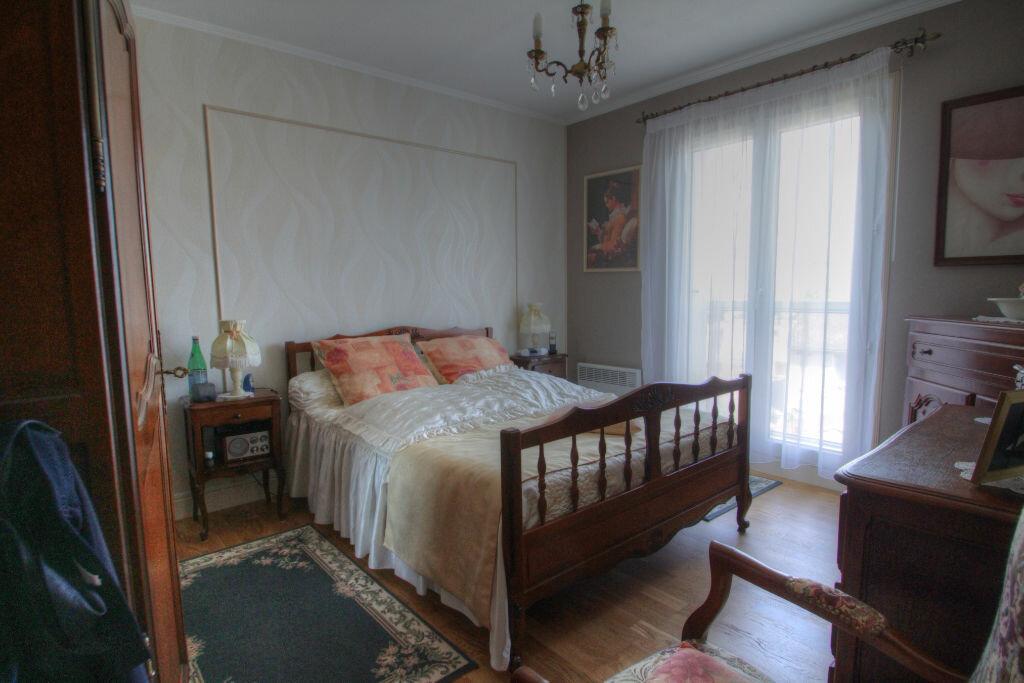 Achat Appartement 4 pièces à Orléans - vignette-7