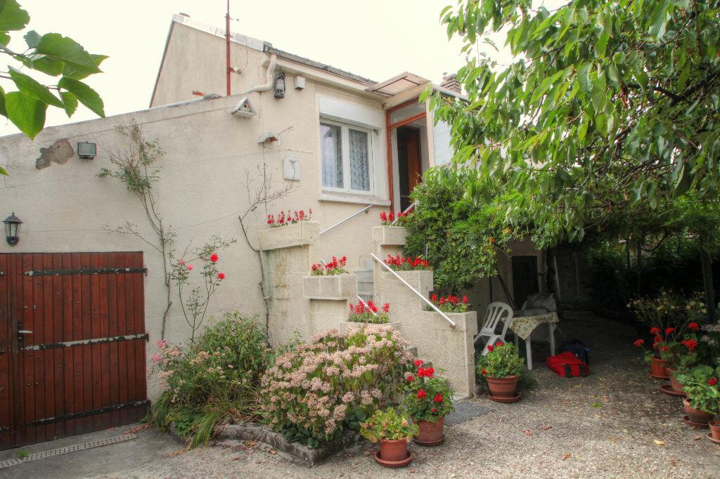 Achat Maison 3 pièces à Saint-Jean-de-Braye - vignette-1