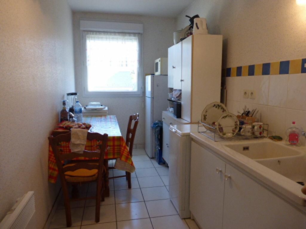 Location Appartement 2 pièces à Fleury-les-Aubrais - vignette-1