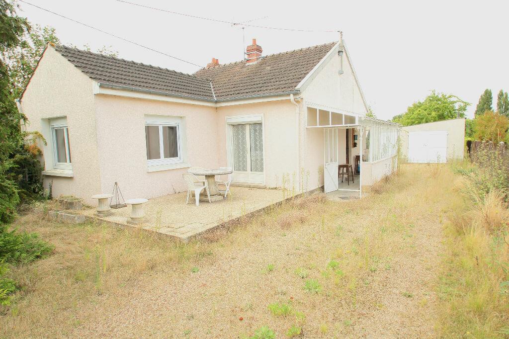 Achat Maison 3 pièces à Saint-Hilaire-Saint-Mesmin - vignette-1