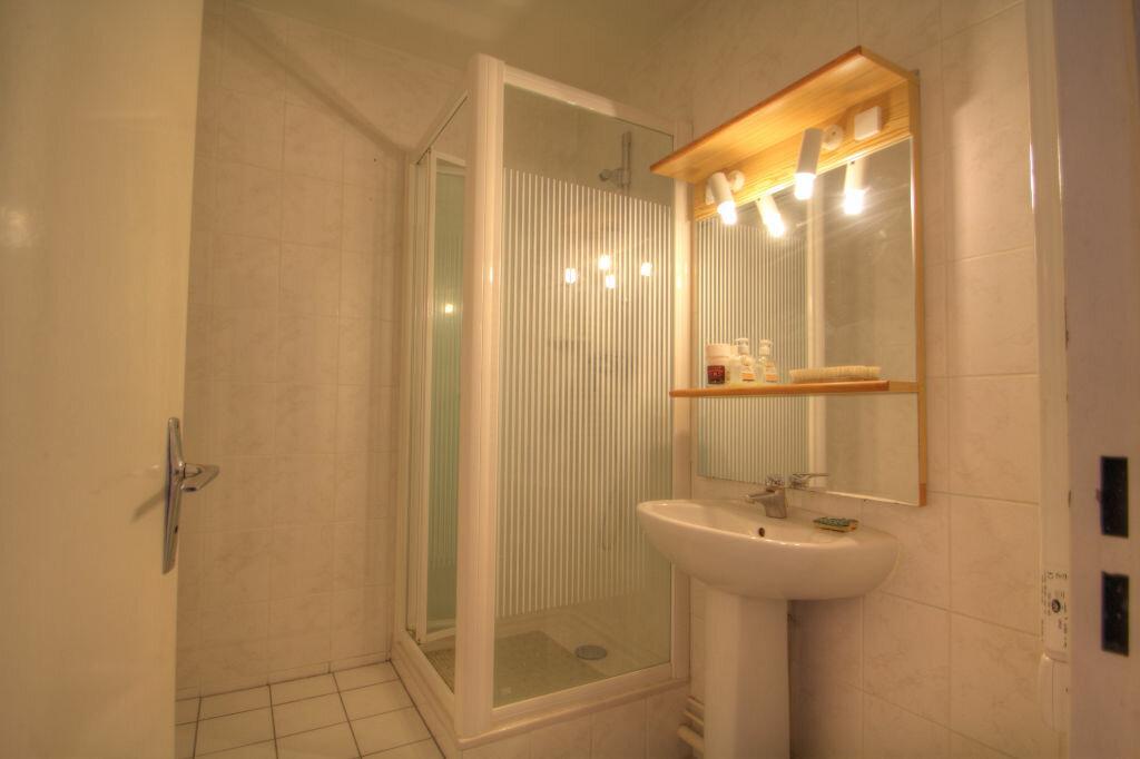 Achat Appartement 3 pièces à Fleury-les-Aubrais - vignette-4