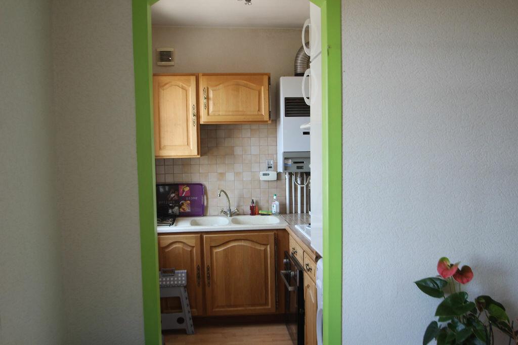 Achat Appartement 2 pièces à Saint-Jean-de-Braye - vignette-5