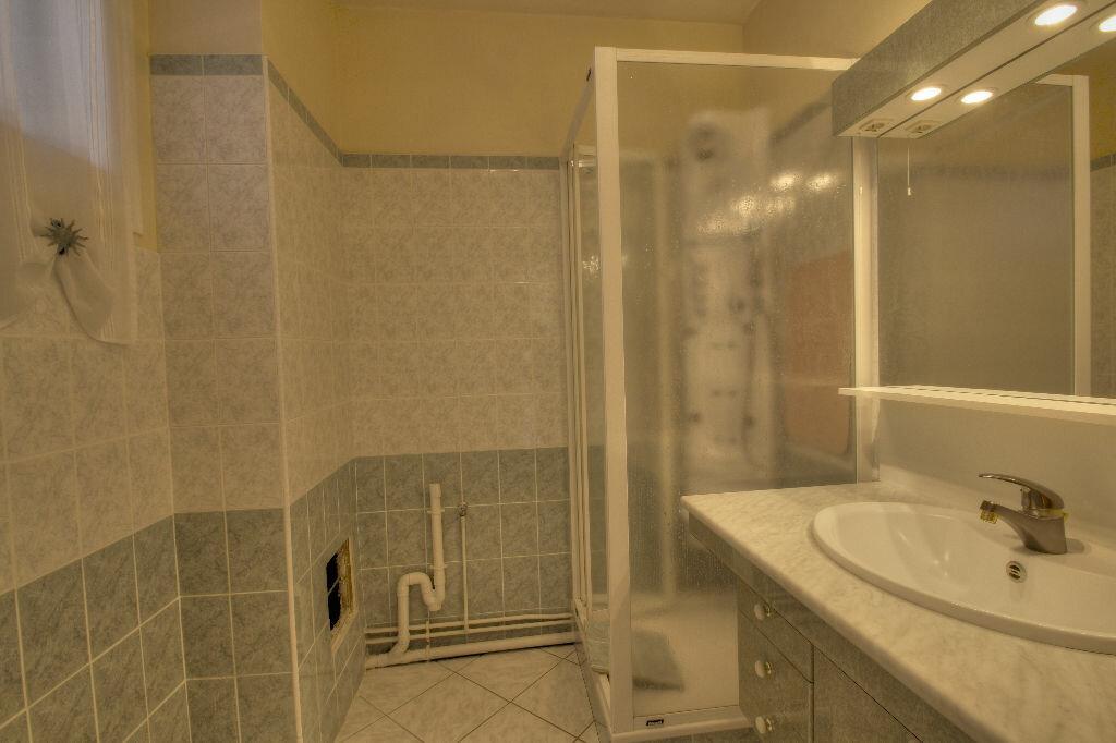 Achat Appartement 3 pièces à La Chapelle-Saint-Mesmin - vignette-6