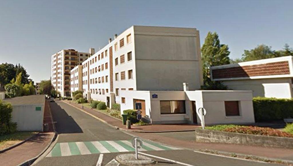 Achat Appartement 3 pièces à La Chapelle-Saint-Mesmin - vignette-7
