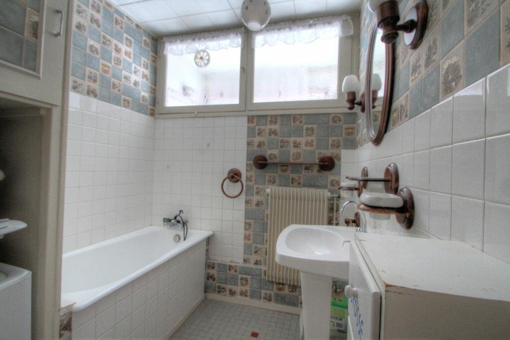 Achat Appartement 5 pièces à La Chapelle-Saint-Mesmin - vignette-8