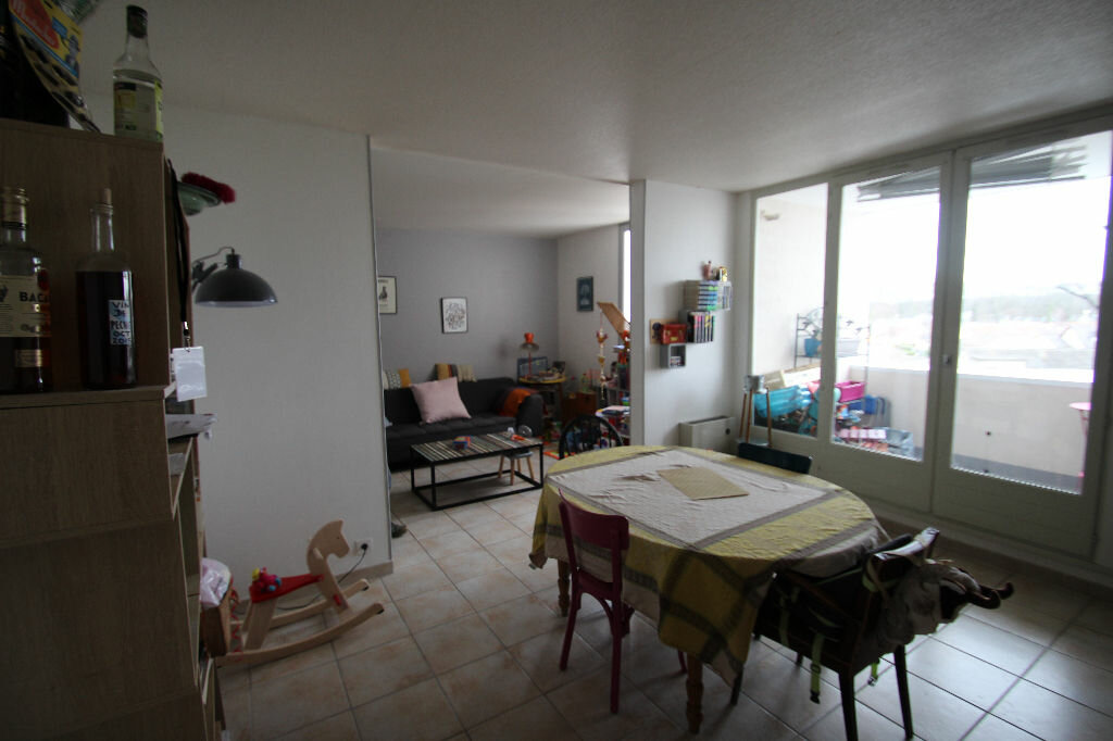 Achat Appartement 5 pièces à Saran - vignette-1