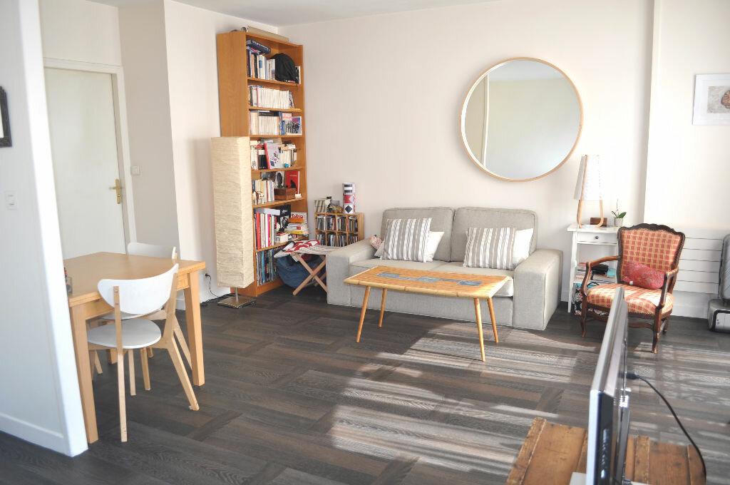 Achat Appartement 2 pièces à Saint-Maurice - vignette-2