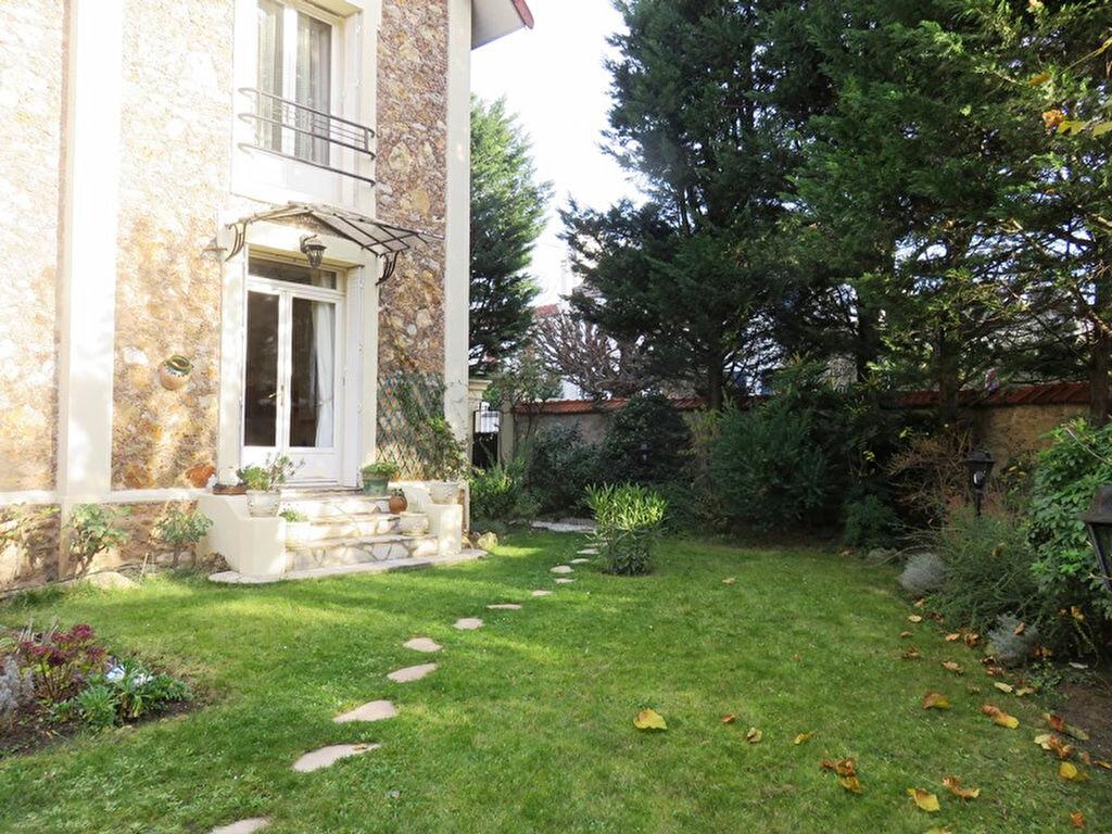 Achat Maison 5 pièces à Joinville-le-Pont - vignette-2