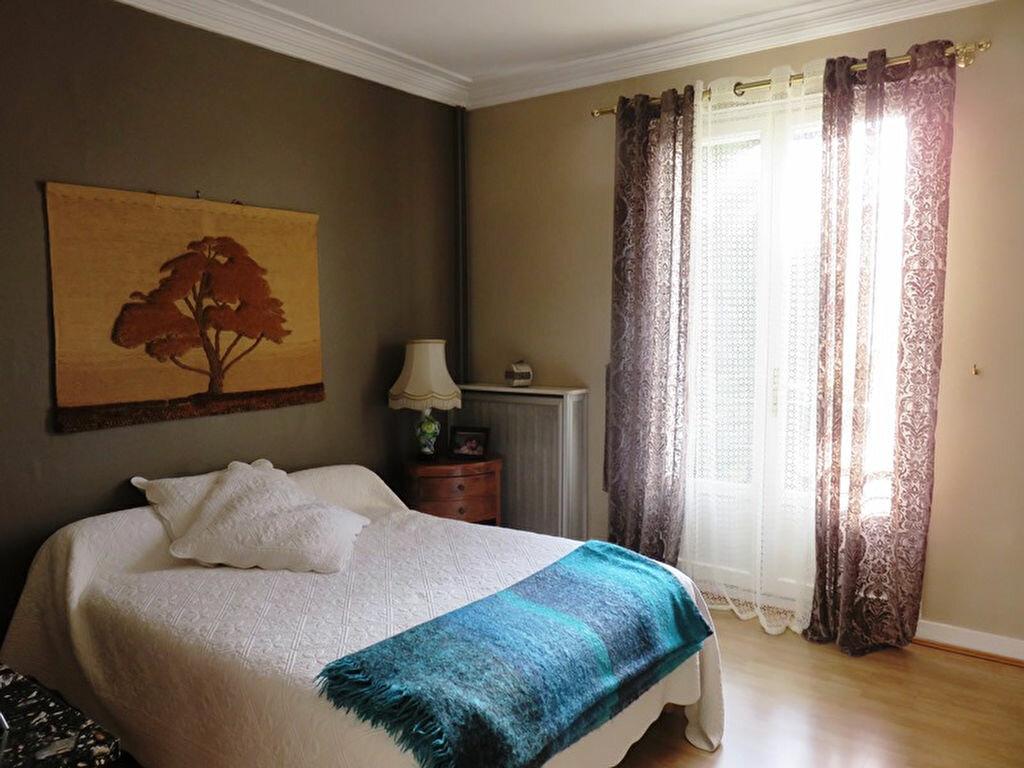Achat Maison 5 pièces à Joinville-le-Pont - vignette-6